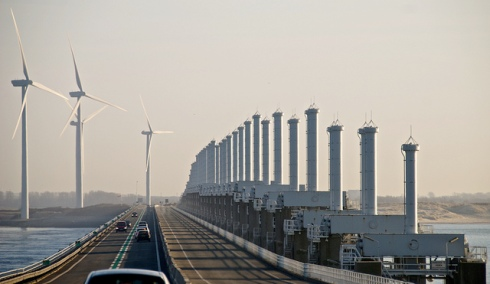 Delta Works dan kincir angin sebagai pompa